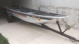 Barco Semichata 6 metros com carretinha