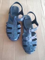 Sandália tipo melissa Zaxy