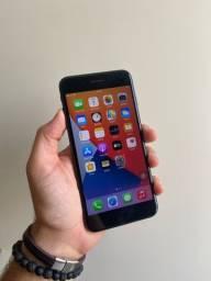 Iphone 8 plus 64GB leia o anúncio (parcelo cartão)