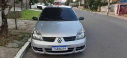 Clio 2011  com 96 mil km !!