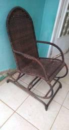 $80 reais cadeira de balanço de área