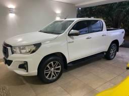 Toyota Hilux SRV 2019 diesel automática branca