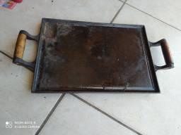Chapa de ferro fundido antiga grande