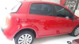 Vendo um Fiat Punto vermelho única dona