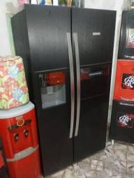 Envelopamento moderno de geladeiras zap *