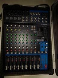 Duas caixas ativa mais mesa de som