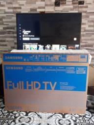 Tv smart 43P Samsung com na caixa com nota fiscal, aceito cartão faço entrega