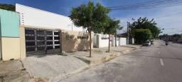 Alugo apartamento no Jardim das Oliveiras