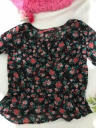 Título do anúncio: Camisa de manga floral