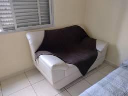 Sofá dois lugares R$ 80