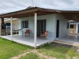 Excelente Casa, 70 metros da praia, R$ 500,00 semana, Wi-fi e Smart TV.