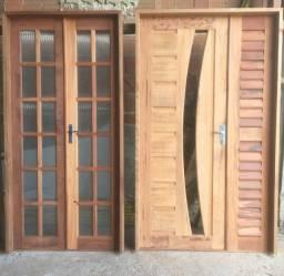 Porta de madeira trabalhada