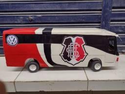 Ônibus do Santa Cruz para crianças/adultos brincar ou decoração