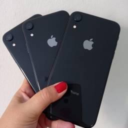 iPhone XR 128gb Vitrinni + cabo e 3 meses de garantia