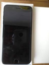 Vendo esse iPhone 8 Plus 256 gb de memória