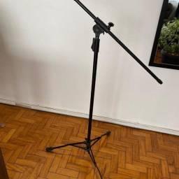 Pedestal de Microfone