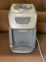 Bebedouro de água bivolt Electrolux novo
