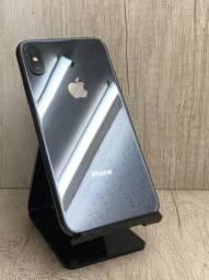iPhone X 64 GB Preto semi novo impecável
