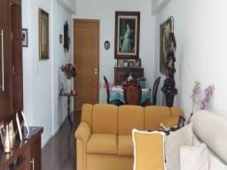 Cobertura duplex em condomínio com 3 quartos, sendo 2 suítes, em Itaipava.