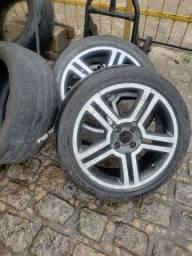 Título do anúncio: Rodas 17 furacão 4/100 com pneus