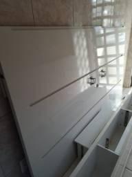 Painel de televisão com rack