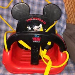 Balanço do mickey mouse