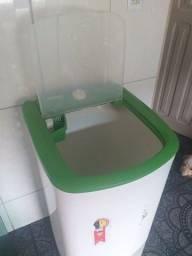 Título do anúncio:  Vendo Máquina de lavar tanquinho arno semi novo, Valor 200Reais