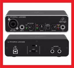 Interface de audio Behringer UMC22 (NOVA)