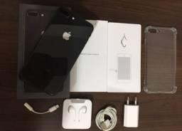 iPhone 8 Plus 64 gb seminovo