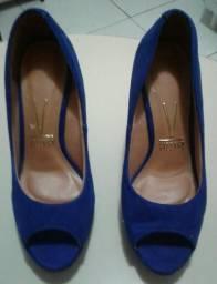 Sapato de salto pouco usado