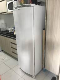 Geladeira Consul Facilite Frost Free 300L