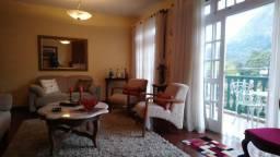 Apartamento no Cônego Friburgo