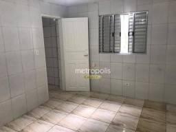 Casa com 1 dormitório para alugar, 30 m² por R$ 900,00/mês - Santo Antônio - São Caetano d