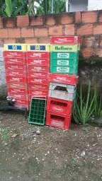 Vendo caixas de litrinho