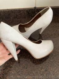 Sapato número 35 R$50,00