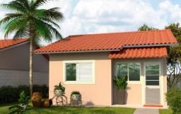Abrir mão de morar em casa? Casa com 2Quatrs- Residencial Golden JS