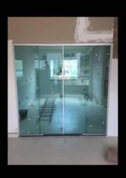 Portas,janelas,box blindex,fechamento de pia e escadas em vidro temperado