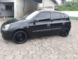 """Renault Clio 2004 """"1.0 8v"""