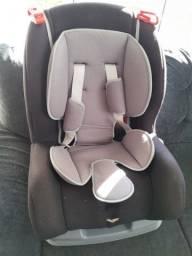 Vendo Cadeirinha de bebe para carro em ótimo estado