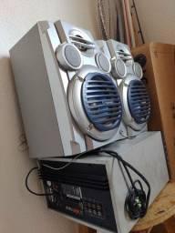 Vendo caixa de som modelo antigo funciona normal