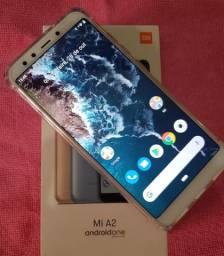 Xiaomi Mi A2 Gold - 64/4 GB - Troco por Notebook