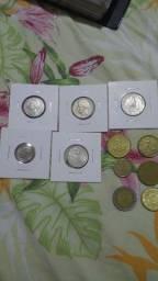 Lote de moedas extrangeiras