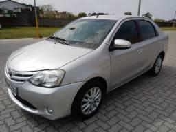 Vende-se Toyota Étios 2014 Abaixo da Fipe
