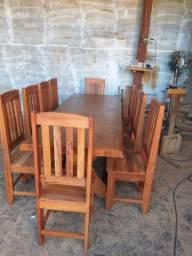 Mesa 8 cadeiras madeira angelin pedra