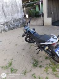 Vende se uma moto