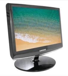 Vendo monitor Samsung 16? em ótimo estado slim