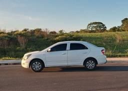 COBALT Vende-se ou trocar por carro de menor valor