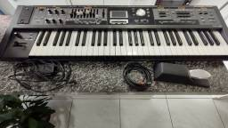 Teclado Roland VR 09