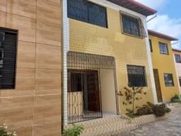 Título do anúncio: Casa no Geisel com 3 quartos. possui área externa privativa.Alto Padrão!!!