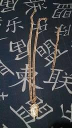 Vendo corrente banhada ao ouro 18k é corrente de pulso nunca usada ou troco por prata.